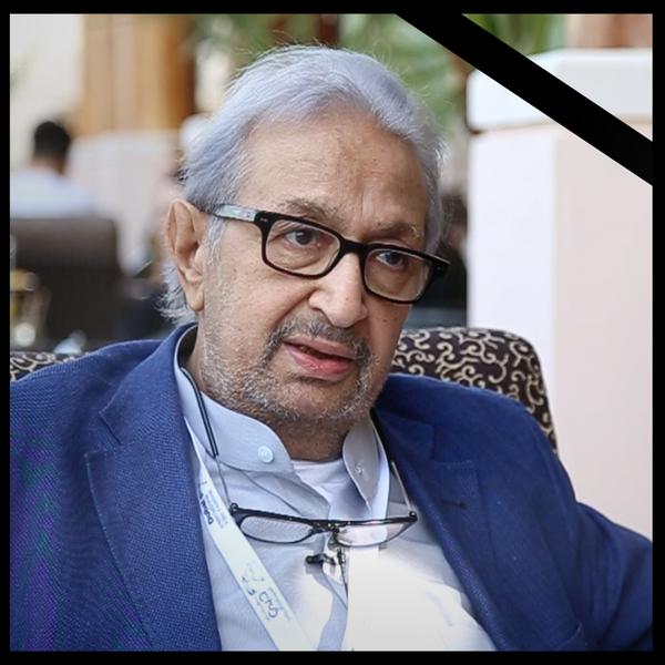 وفاة الفنان نور الشريف عن عمر يناهز 74 عام