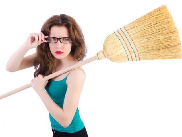 حكم شرعى : المرأة ليست ملزمة بالاعمال المنزلية