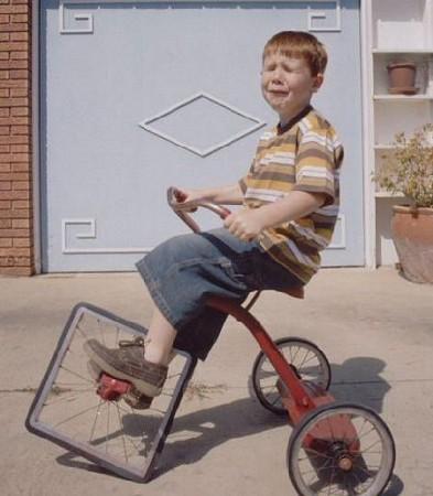 لماذا تصنع عجلات السيارات و الدراجات دائرية ؟