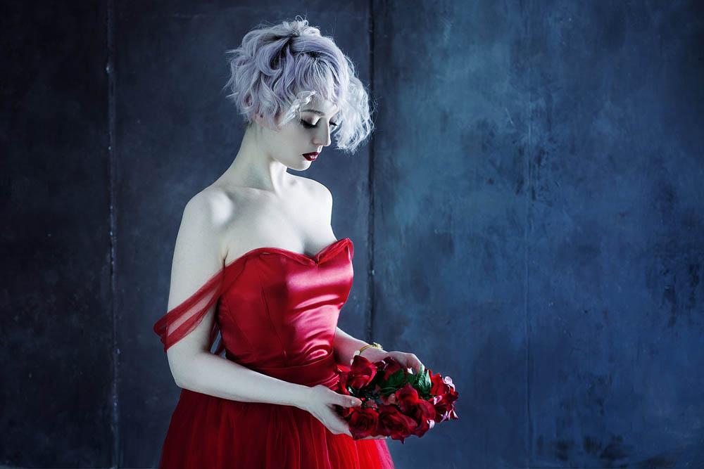 فستان احمر 1 صور بنت لابسه فستان احمر