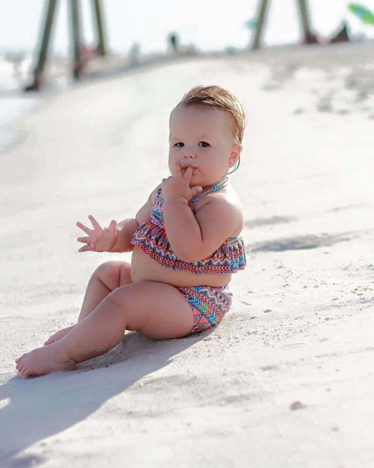 Beautiful Little Girl 2 Beautiful Little Girl