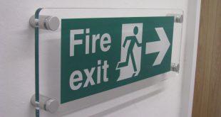 يفط اكليريك acrylic signs