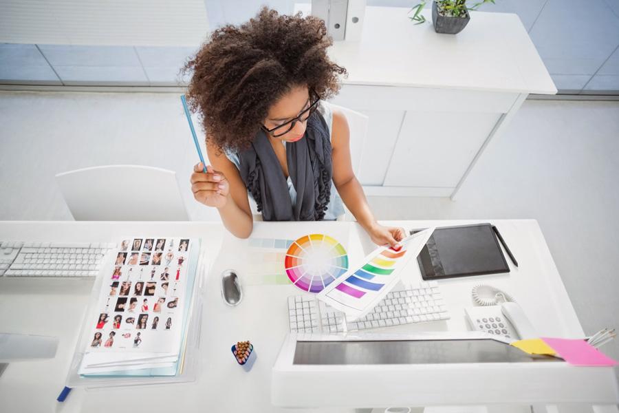 job graphic designer كيف تبدأ العمل على تصميم جرافيك ؟