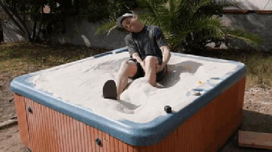 رمال سائله كالماء 2 ماذا تعرف عن الرمال السائله التي اثارت اعجاب العالم