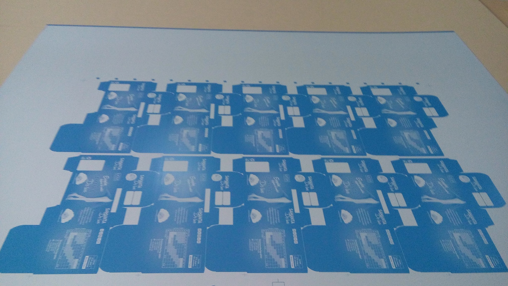 لوح طباعي زنك بعد الأنتهاء من التصوير و جاهز للطباعة يعني ايه فصل ألوان