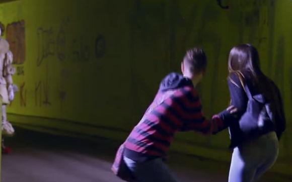 سارق السراويل النسائيه هوس جنسي غريب لمواطن تركي في روسيا تم القبض عليه