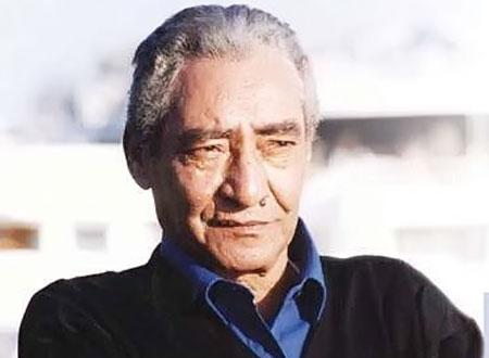 وفاة الشاعر الكبير عبدالرحمن الأبنودي بعد صراع مع المرض عن عمر يناهز 76 عاماً