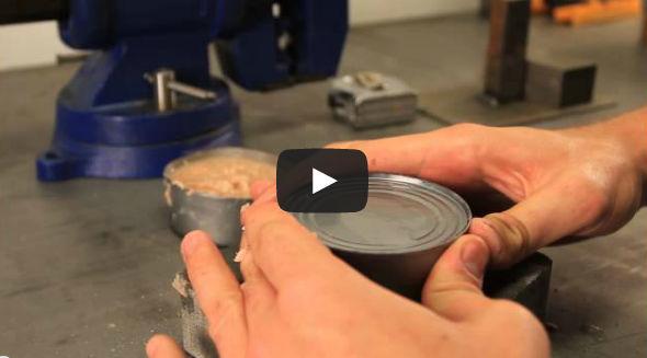 فيديو تعليم كيف تفتح علبة تونة بيديك فقط دون اى اله حادة