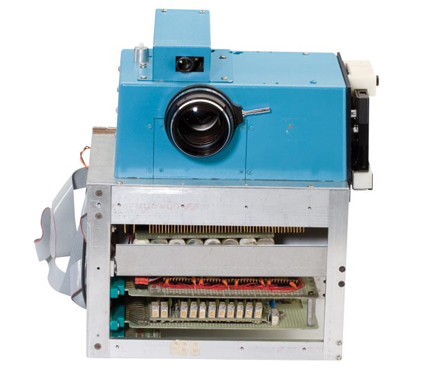 أول كاميرا رقمية في العالم من كوداك