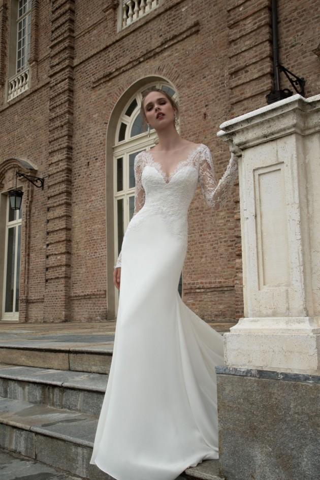 احدث فساتين زفاف 2016 بطابع ملكي فخم