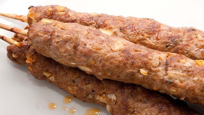 بالصور : 10 حجات تعرفك أنك بتأكل لحم حمير
