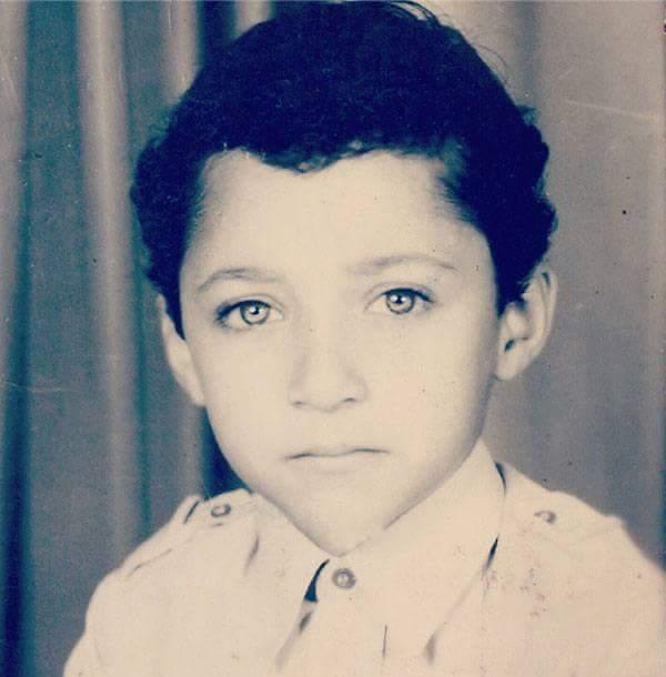 احمد فهمي وهو صغير صور فنانين وهم صغار