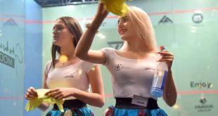 عاملات النظافة في بطولة العالم للإسكواش للناشئات في بولندا