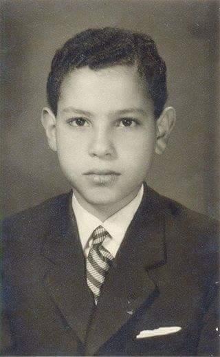 هاني شاكر وهو صغير صور فنانين وهم صغار