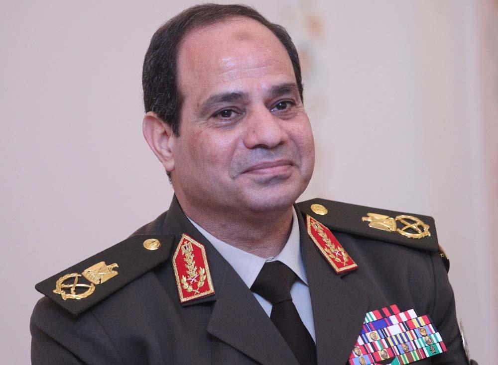 السيسي بالبدله العسكريه 2 صور الرئيس المصري عبد الفتاح السيسي