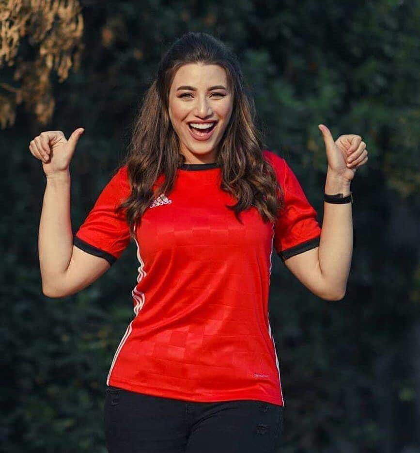 مشجعات مصر في كاس العالم 25 مشجعات مصر في كاس العالم