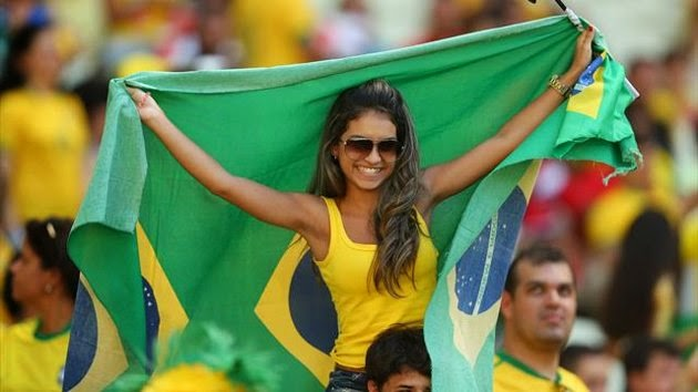 1. Brazil 1 10 دول مع جماهير كرة القدم الأكثر جاذبية في كأس العالم