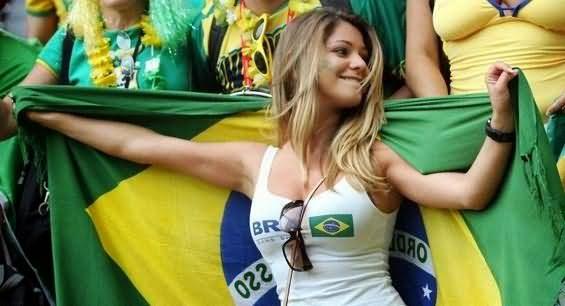 1. Brazil 2 10 دول مع جماهير كرة القدم الأكثر جاذبية في كأس العالم