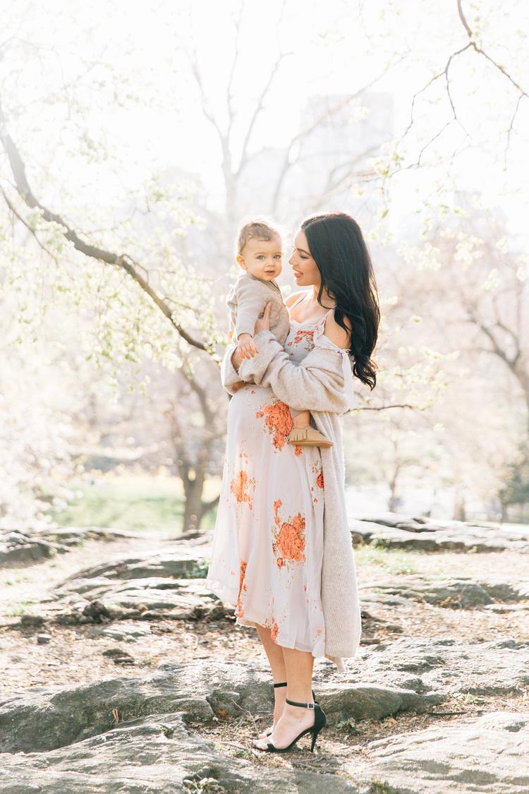 اجمل صور عن الام واطفالها 15 اجمل صور عن الام واطفالها