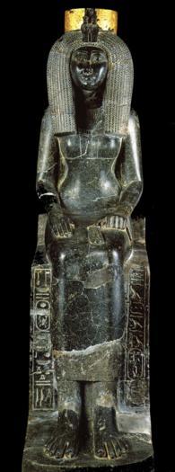 Iset mère de Touthmosis III granite noir et feuilles dor Karnak XVIIIè Dynastie Egypte Egypte Antique Iset, mère de Touthmosis III, granite noir et feuilles dor, Karnak,  XVIIIè Dynastie Egypte, Egypte Antique