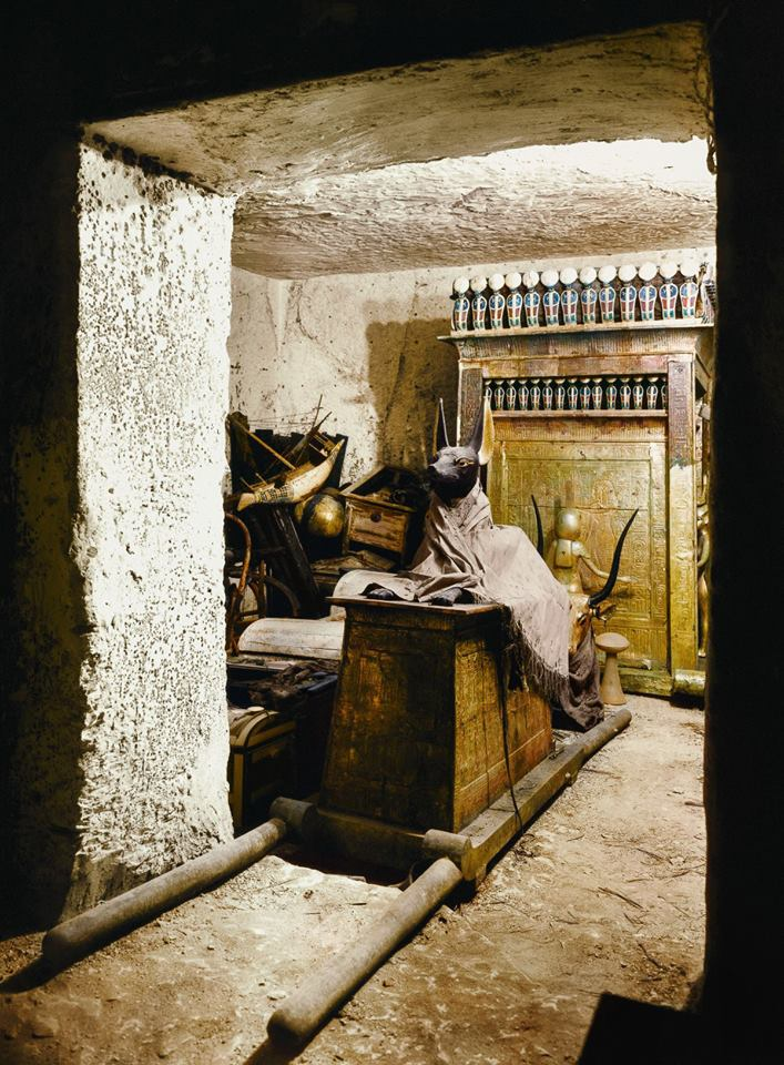 tomb of Tutankhamun 16 first moments of the discovery of the tomb of Tutankhamun