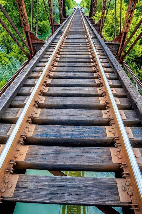 شريط السكه الحديد 12 صور قضبان السكه الحديد