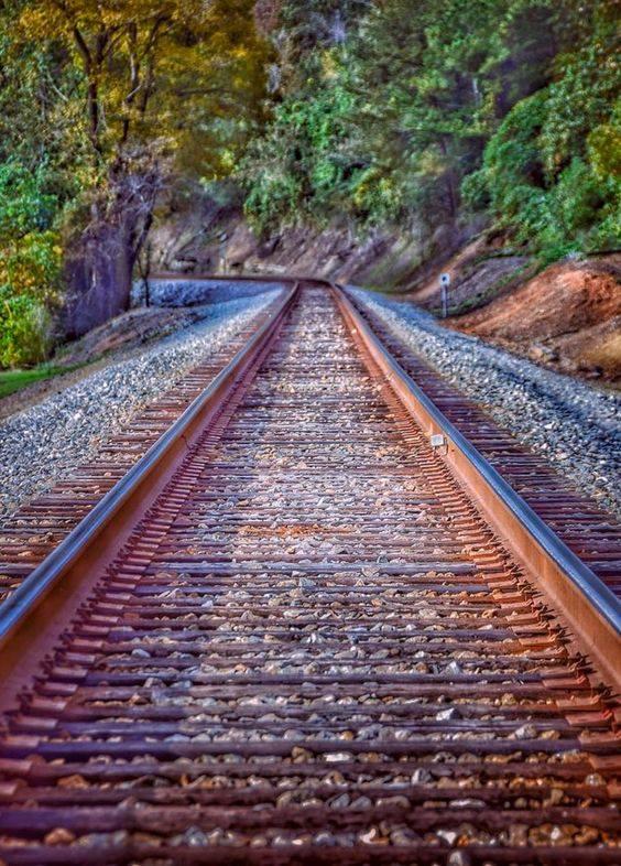 شريط السكه الحديد 24 صور قضبان السكه الحديد