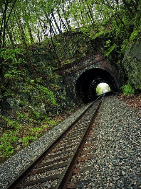 شريط السكه الحديد 30 صور قضبان السكه الحديد