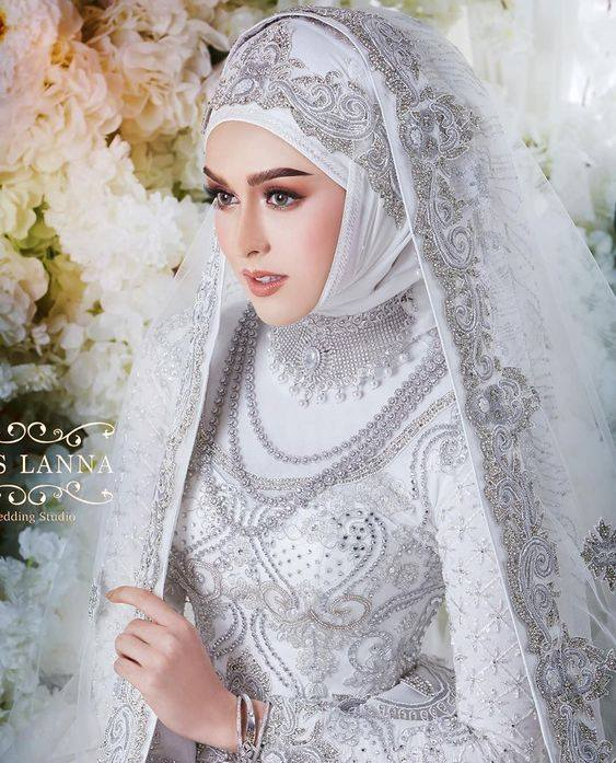 عروسه محجبه 2 صور بنات بالحجاب والنقاب