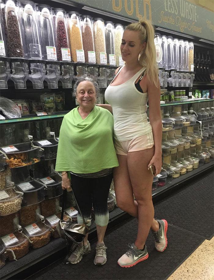 Tall People vs Short People 33 اطول الاشخاص حول العالم