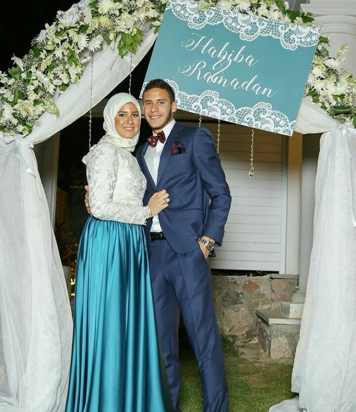 رمضان صبحي وزوجته بالصور زوجات نجوم كره القدم المصريه